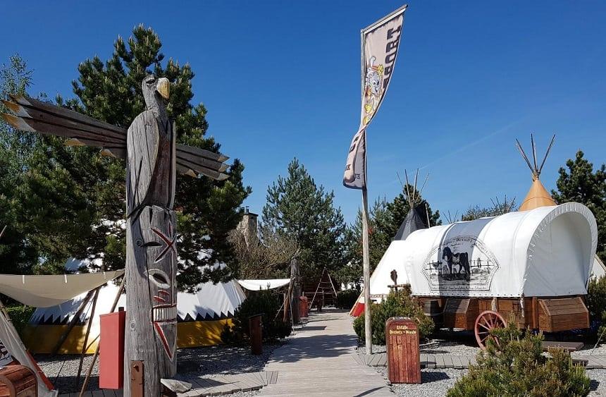 Europa-Park Camp Resort huifkar tipitent