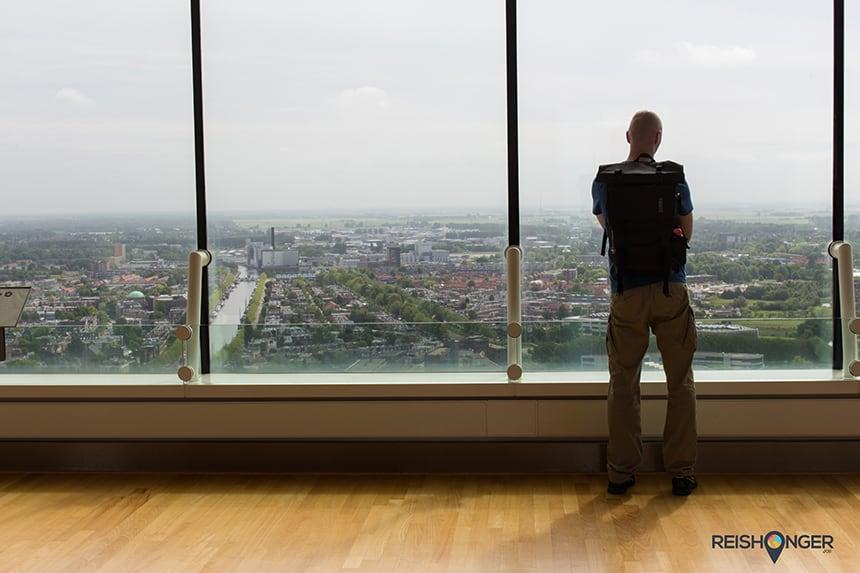 Uitzicht over Leeuwarden vanaf de Achmea toren