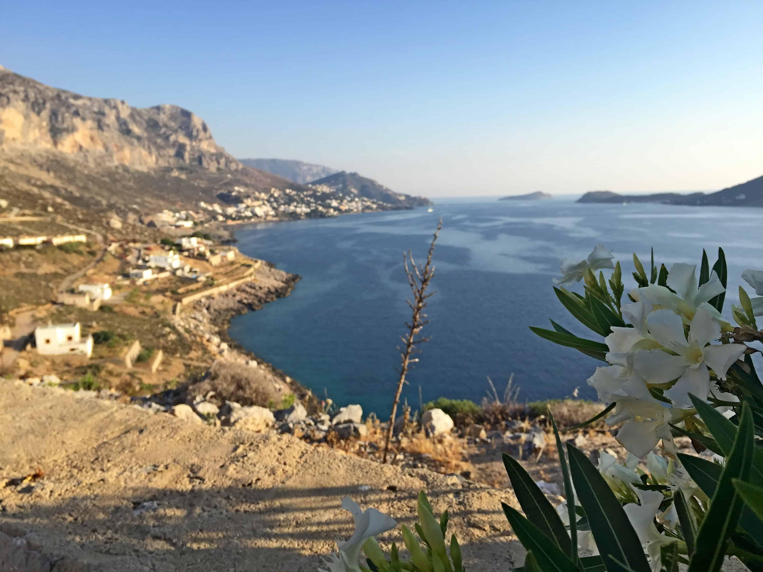 Uitzicht op een van de baaien van Kalymnnos