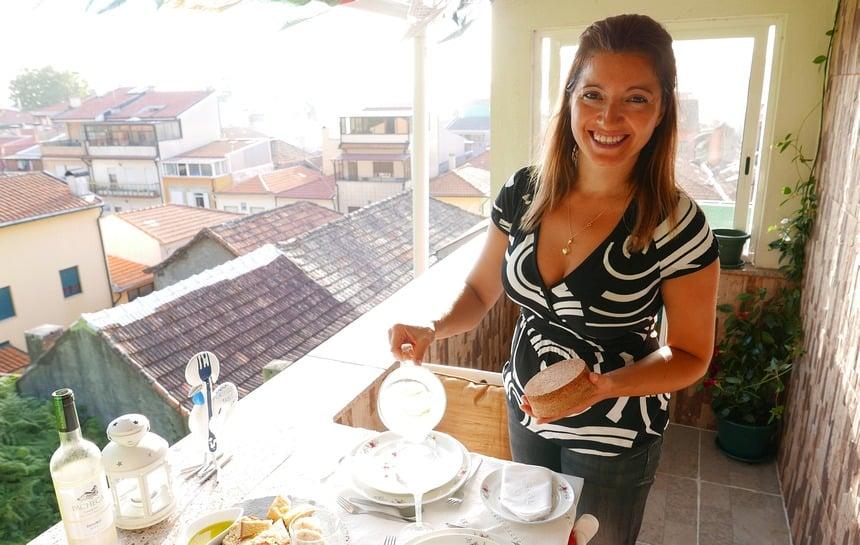 Eten bij locals thuis via Portuguese Table. Ik zat van acht tot twaalf bij Diana.