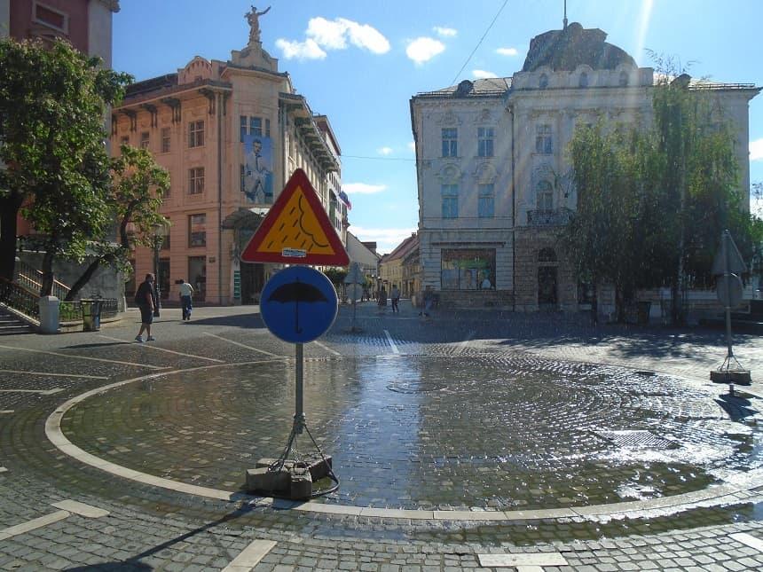Kunstmatige regen in de hoofdstad Ljubljana