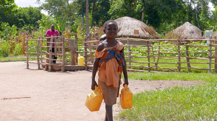 """""""Water is life"""" wordt in Oeganda heel duidelijk."""