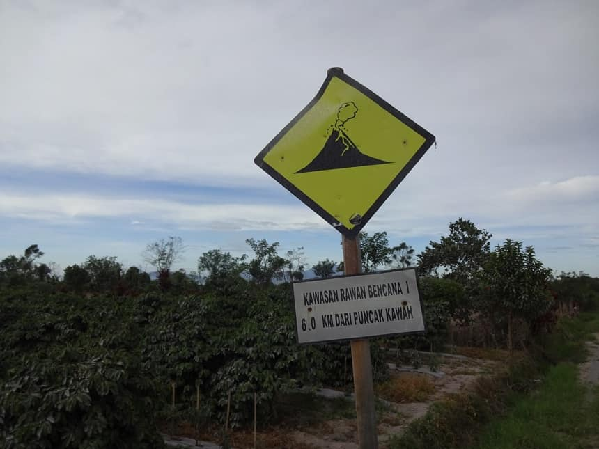 Berastagi: pas op vulkaan