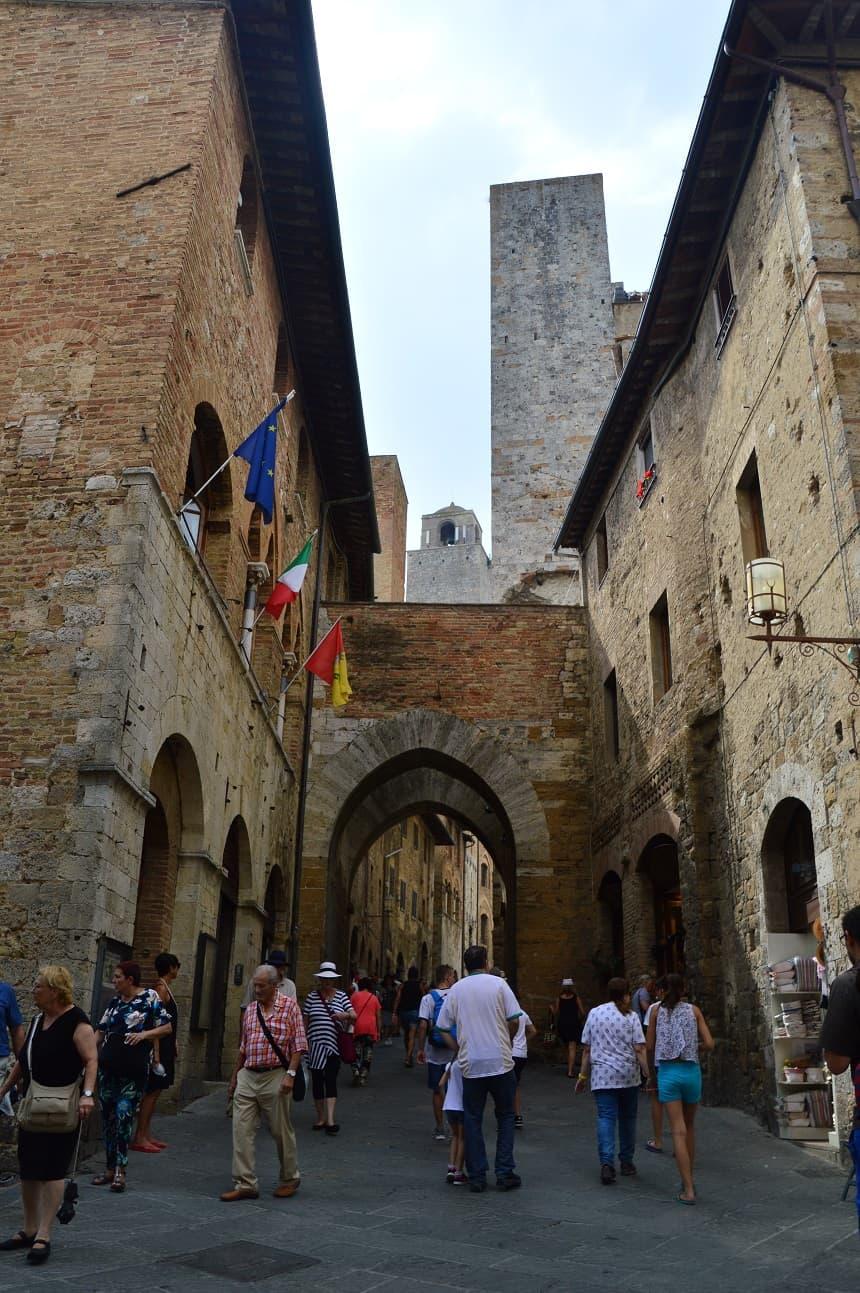 6 tips voor Toscane | de middeleeuwse straatjes van San Gimignano