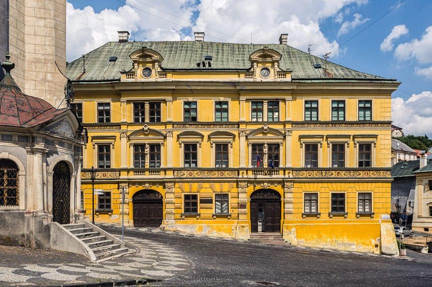 Huizen van rijke kooplieden in Banska Stiavnica