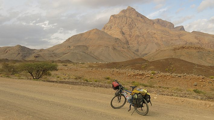 Bike & hike in Oman
