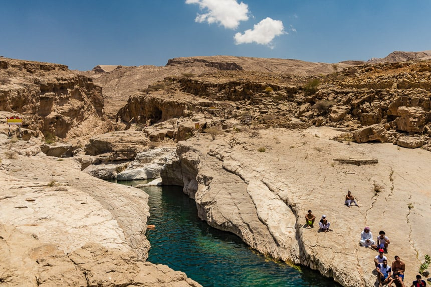 Jadegroen water van Wadi Bani Khalid