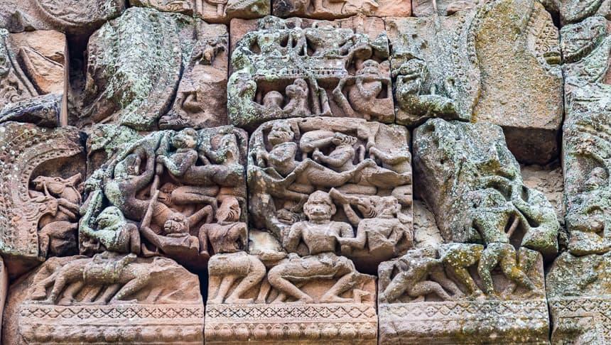 Relief van de ontvoering van Sita uit de Ramayana in Phanom Rung