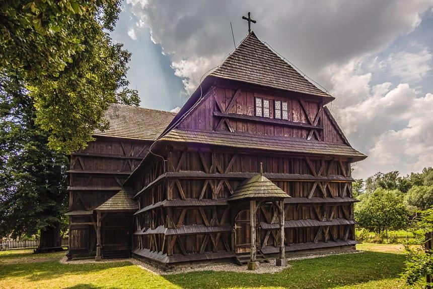 Houten kerk in Hronsek