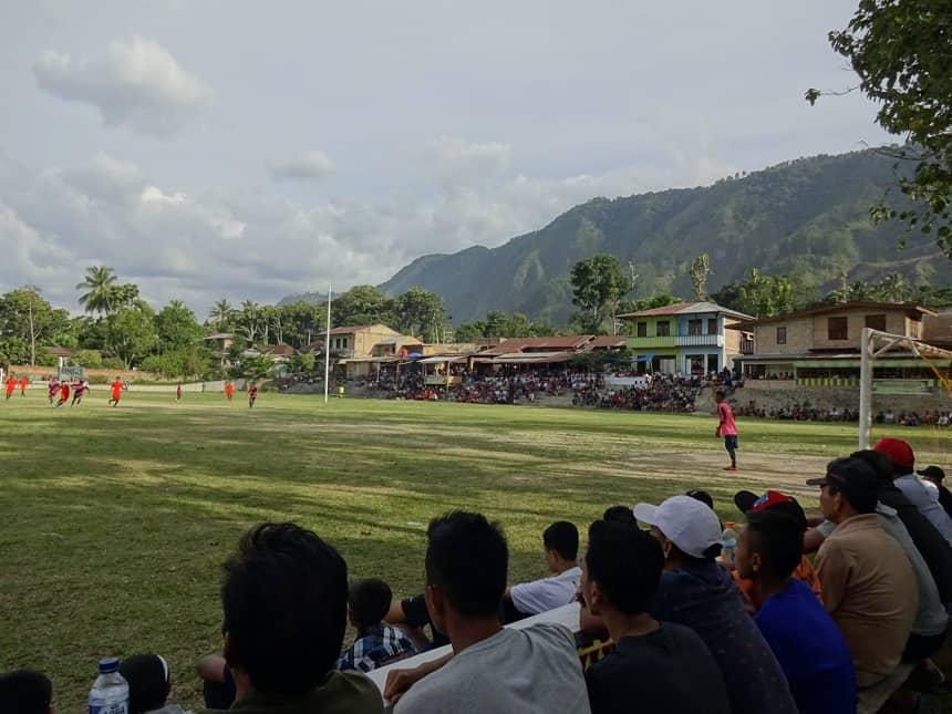 voetbalwedstrijd fc tuktuk