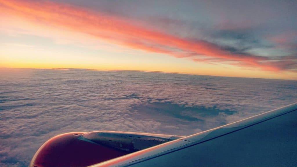Avondvlucht van Amsterdam Schiphol Airport naar Manchester