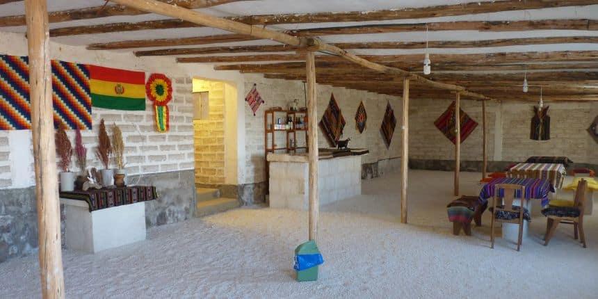 Slapen in een zouthotel, Bolivia