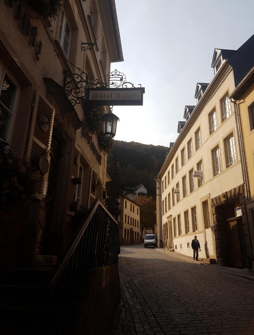 De straten van Vianden in Luxemburg