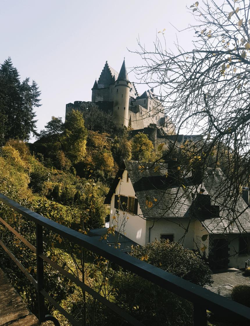 Het kasteel in Vianden in Luxemburg