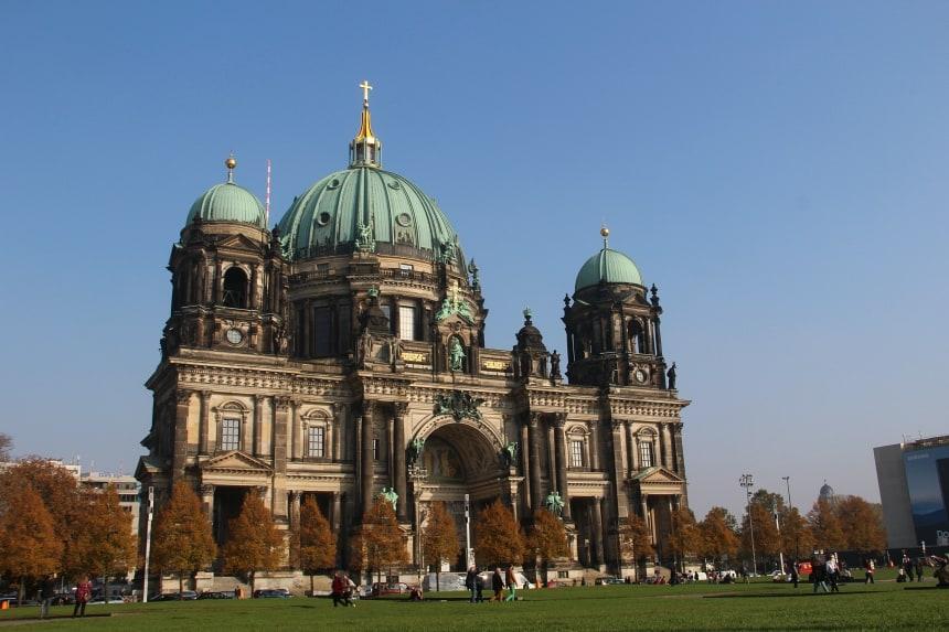 De prachtige Berliner Dom is een van de highlights van Berlijn