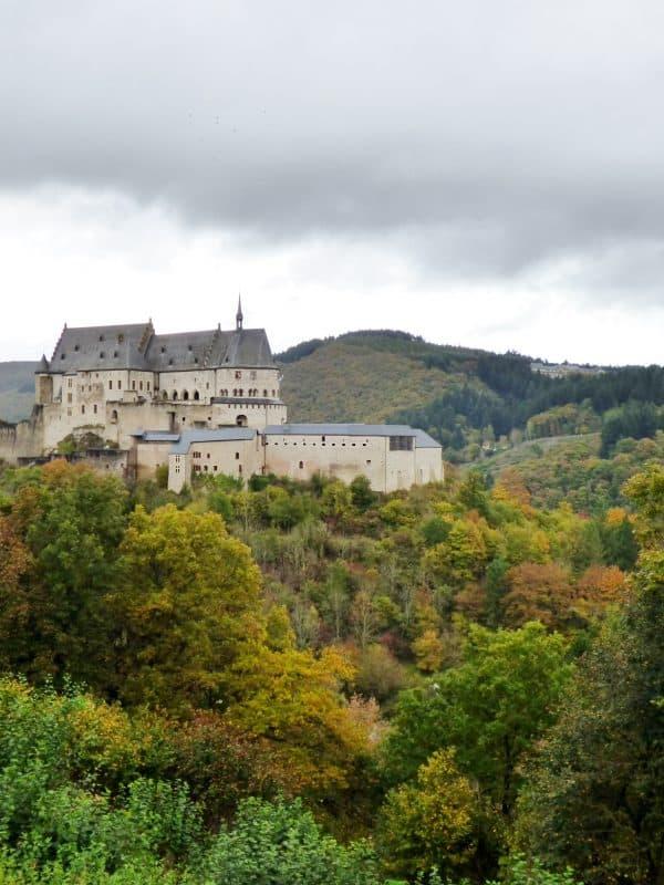 Burcht van Vianden in Luxemburg