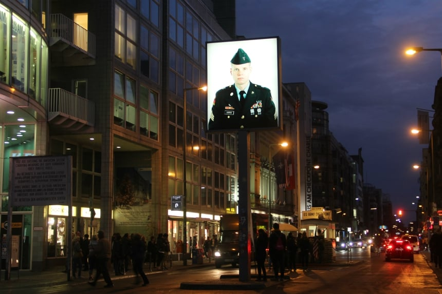 Geschiedenis Berlijn: Checkpoint Charlie was de bekendste grensovergang tussen West- en Oost-Berlijn