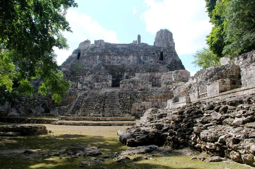 Tijdens het plannen van je route voor een rondreis door Yucatán is het keuzes maken tussen de vele mooie Mayaruines