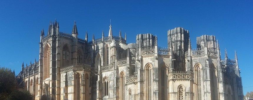 werken in lissabon: bezoek het klooster van Batalha