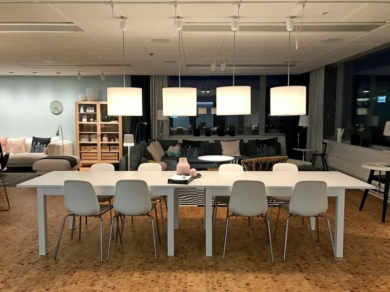 Elke verdieping in het IKEA hotel heeft een eigen woonkamer