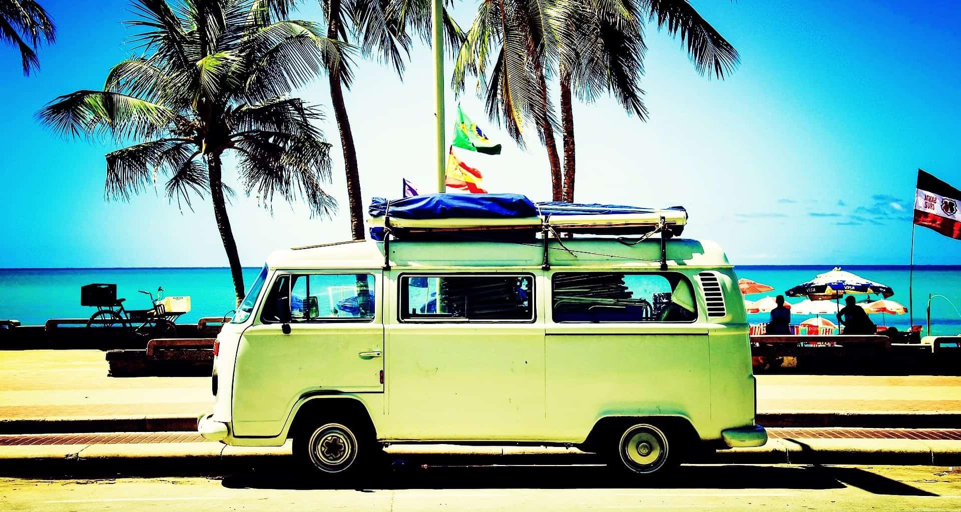 Camper, rugzak of goedkoop hotel: vrijheid is alles.