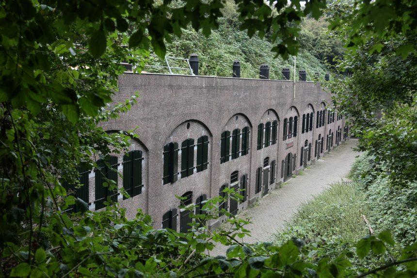Fort bij Abcoude, het eerste gebouwde landfort van de Stelling van Amsterdam
