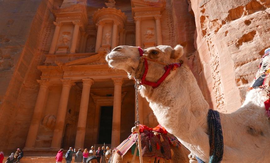 Petra, de oude verloren gewaande handelsstad is iconisch!