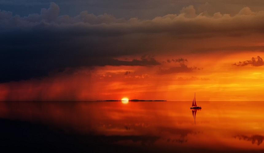 Een boot huren om de mooiste uitzichten tegemoet te varen