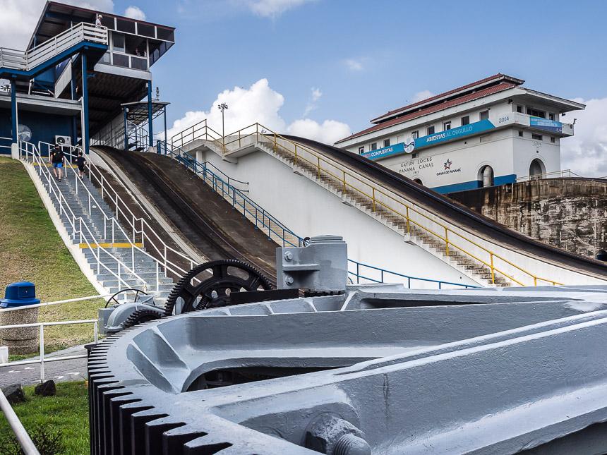 De Gatun sluizen in het Panamakanaal