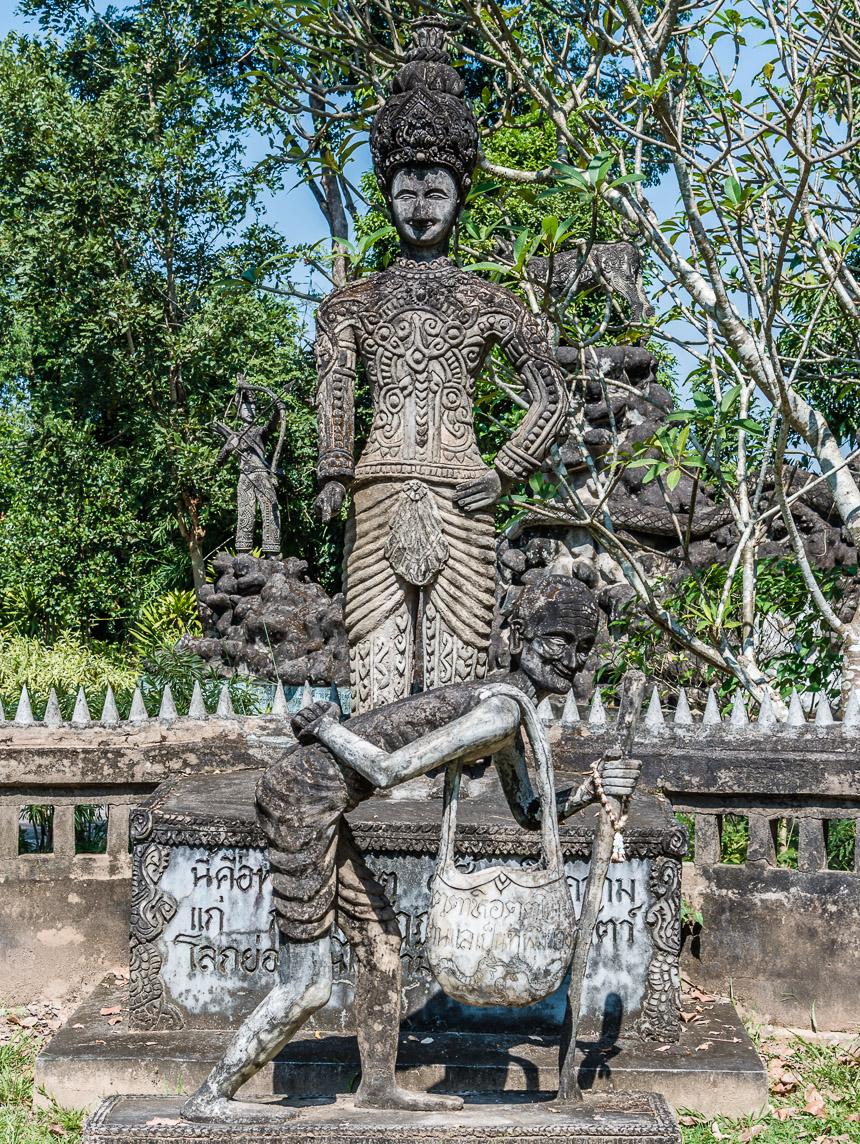 Beeldenpark Nong Khai - ouder worden