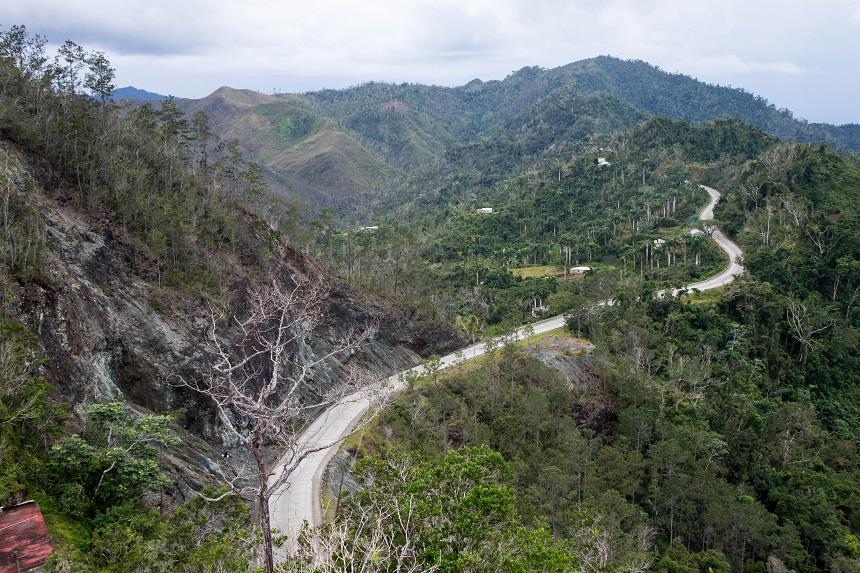 De bergen bij Baracoa in het oosten van Cuba