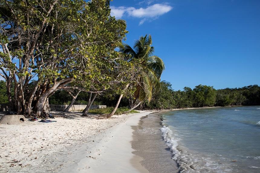 Privé strandje bij Playa Larga