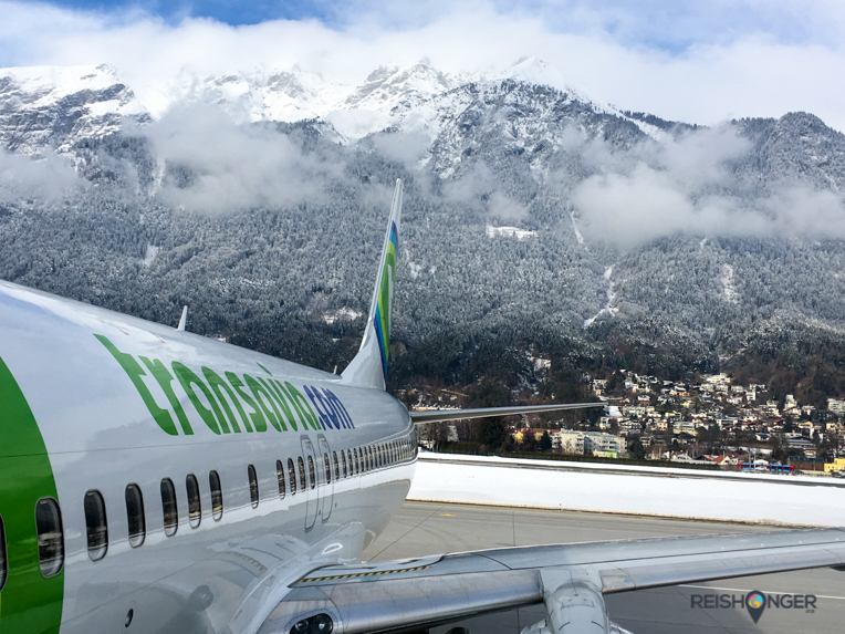 Het vliegveld van Innsbruck wordt omringd door bergen