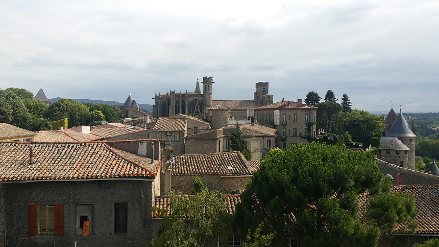 Blik op de basiliek St. Nazaire