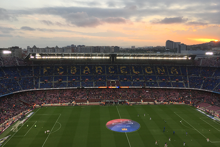 Voetbalstadion Camp Nou tijdens een voetbalweekend Barcelona