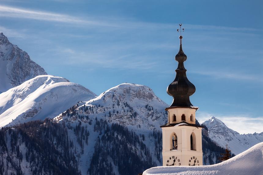 Kerktoren van Ftan