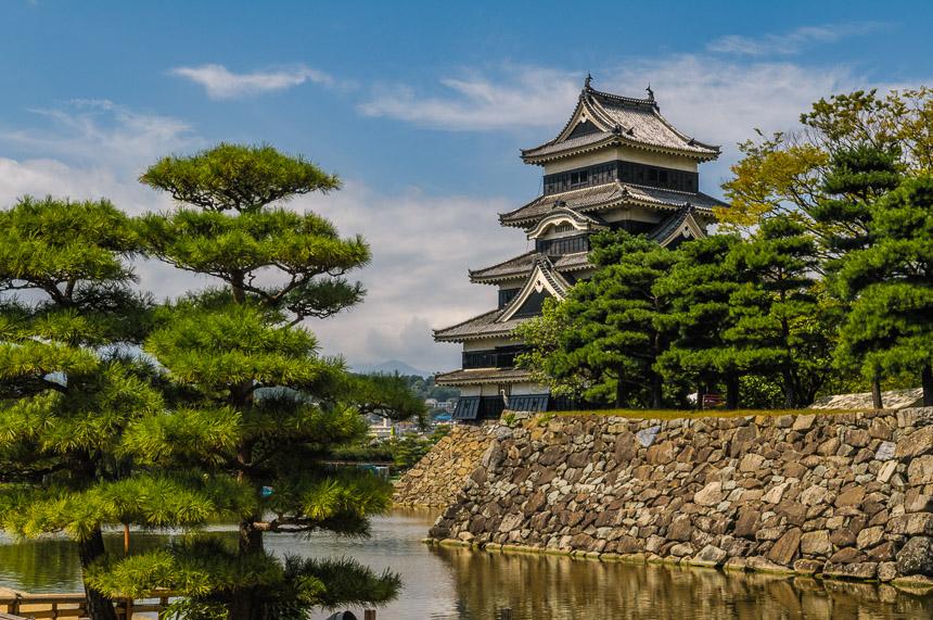 Matsumotu kasteel, voorheen het Fukashi kasteel behoorde aan de Ogasawara familie.