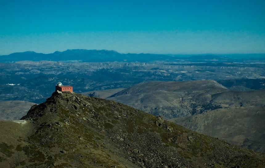 Kleurrijke vergezichten in de Sierra Nevada