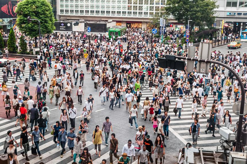 Het beroemde kruispunt van Tokio-Shibuya
