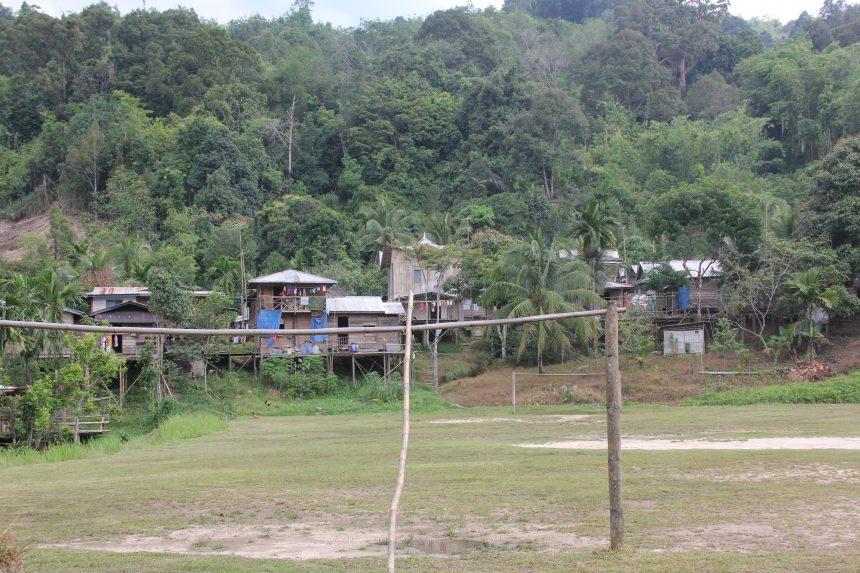 Het dorpje Kampong Semban op Borneo