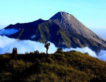 Vulkanen verzamelen in Indonesië