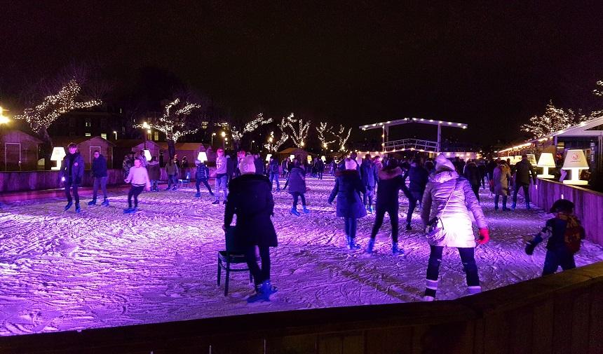 Ice Amsterdam, de ijsbaan op het Museumplein