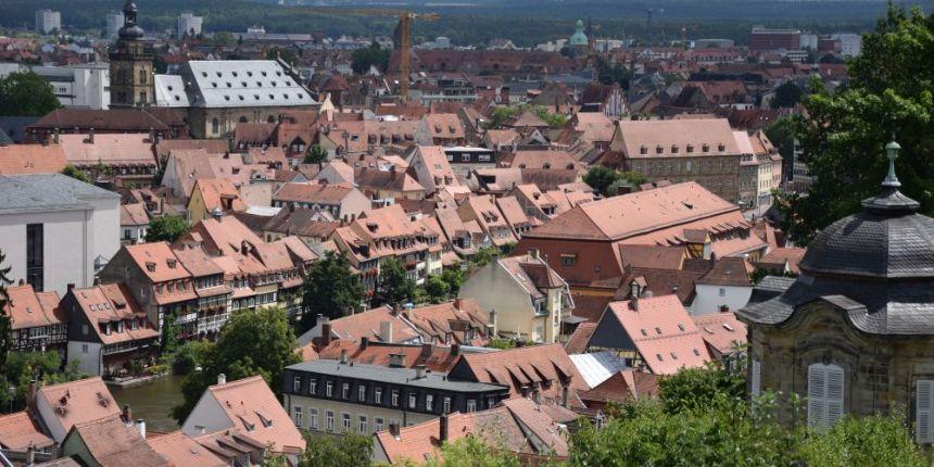 Uitzicht op Bamberg vanaf de Michaelsberg