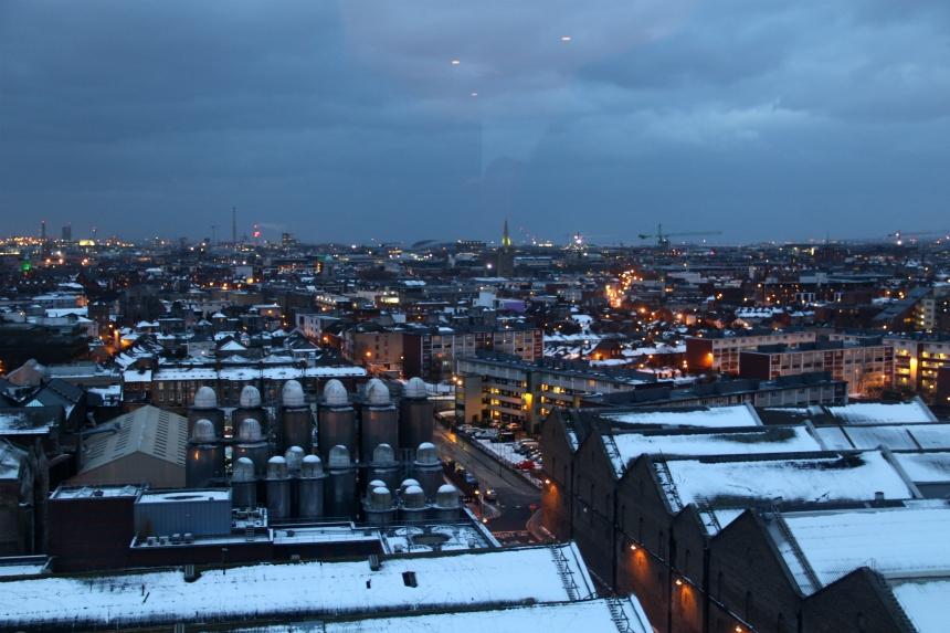 Uitzicht over Dublin vanaf het Guinness Storehouse