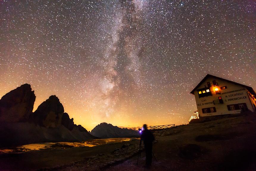 Heldere sterrenhemel in de Dolomieten
