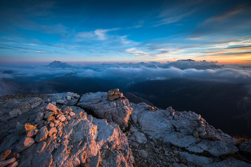 Laatste licht op de top van Lagazuoi in de Dolomieten