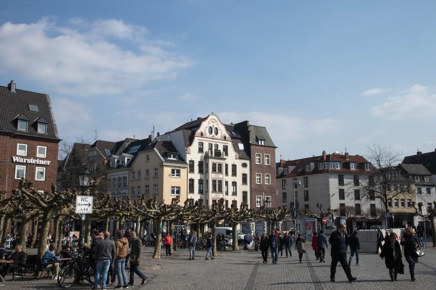 Burgplatz en Mühlenstraße in Düsseldorf