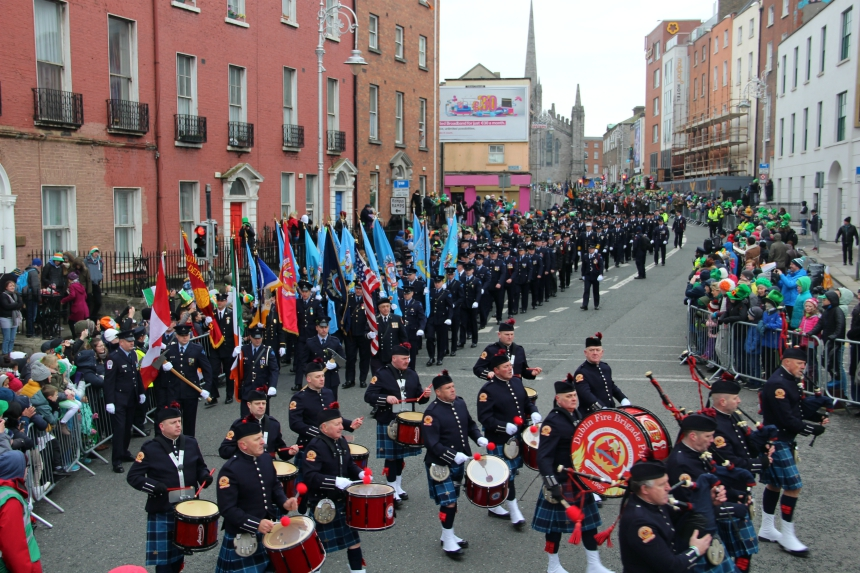 De St. Patrick's Day parade bestaat vooral uit marching bands