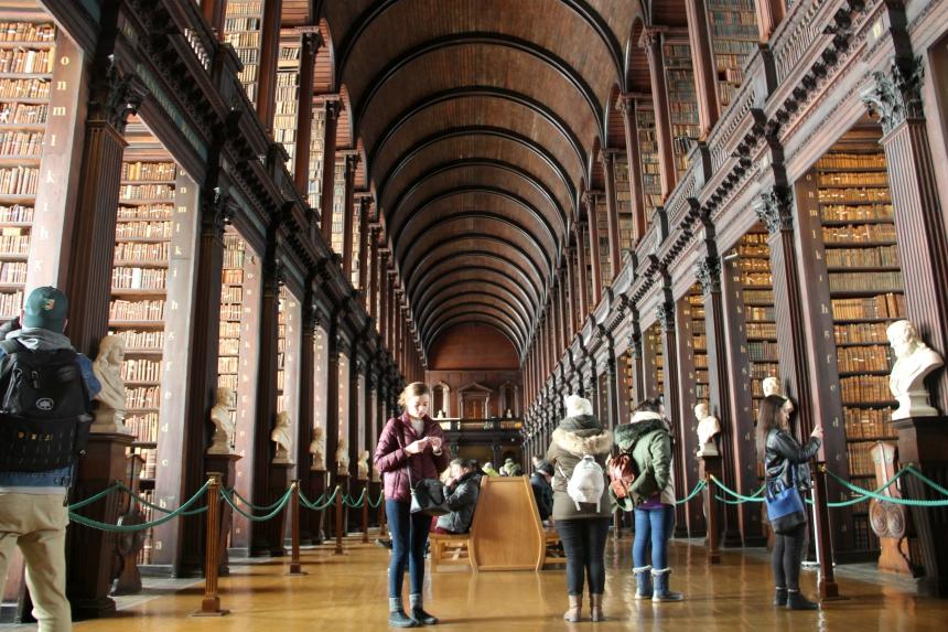 Trinity College Library is dé must-see van Dublin. Dit mag je zeker niet missen tijdens je stedentrip Dublin!