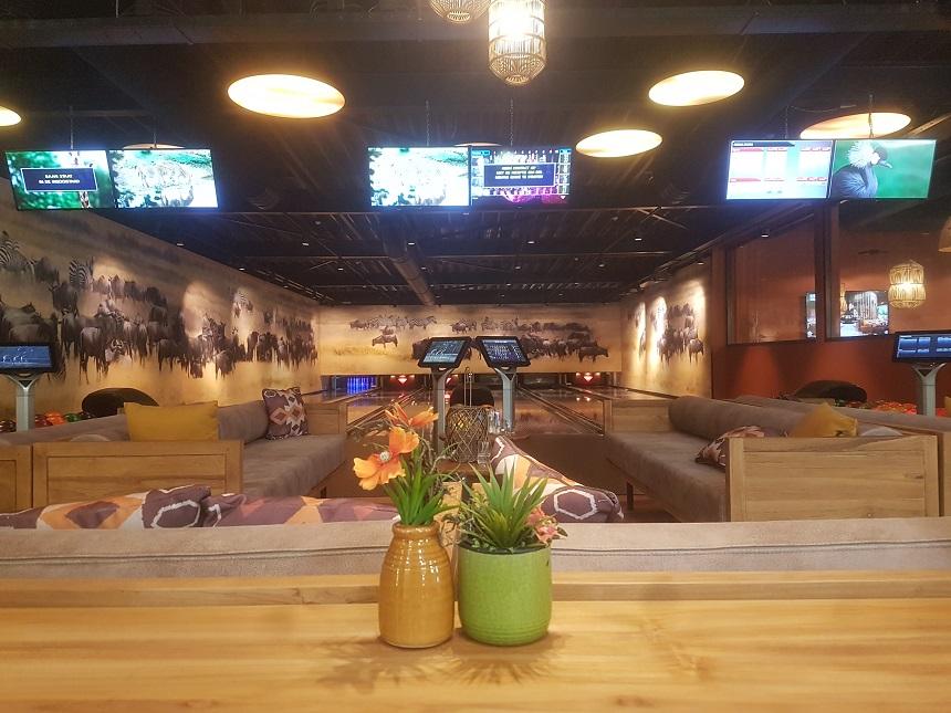 bowling pamoja lounge